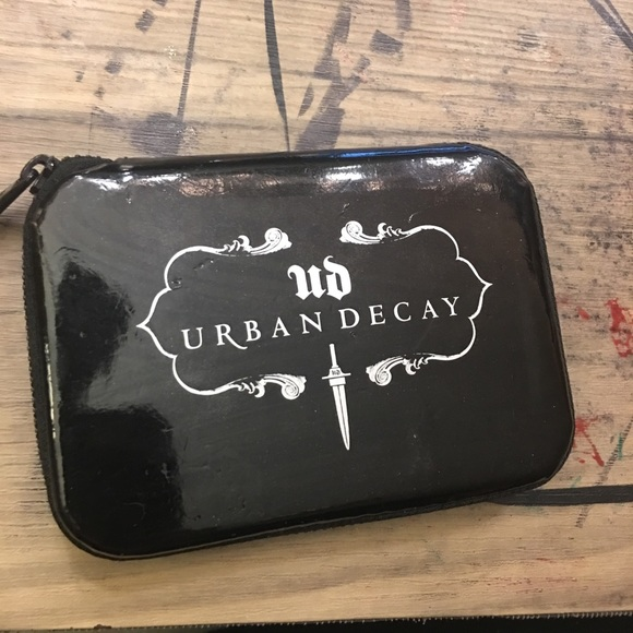 Urban Decay Other - Urban decay 6 pan pallette